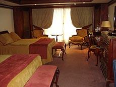 santiago_room